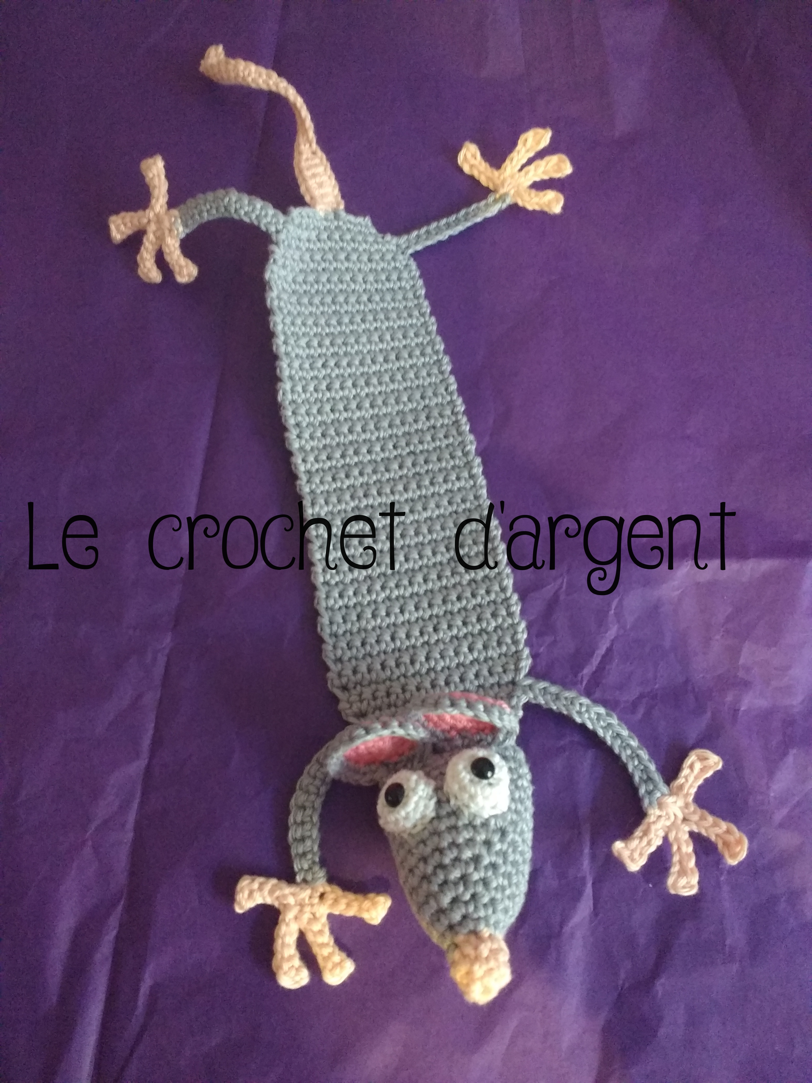 Amigurumi Crochet Rat Bookmark | Crochet bookmark pattern, Crochet ... | 4160x3120