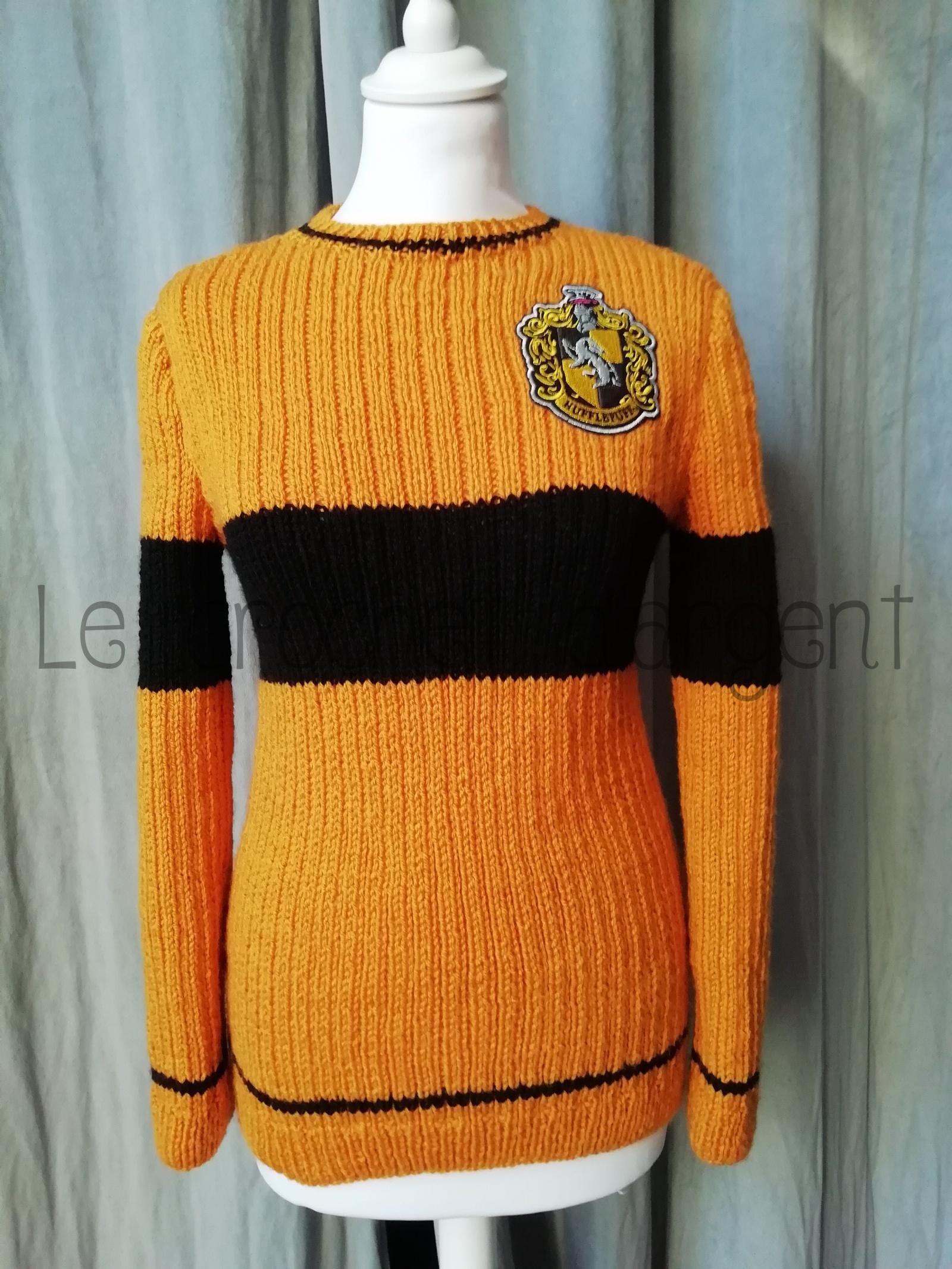 Un pull de Quidditch Harry Potter, taille adulte, aux couleurs de la maison Poufsouffle